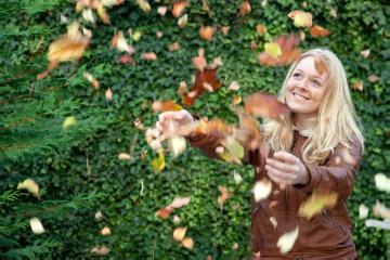 atmosphere, Autumn, fall impression, girl, Herbstlaub